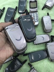 Điện Thoại Nắp Gập Motorola V8088 ( V Cười ) Chính Hãng