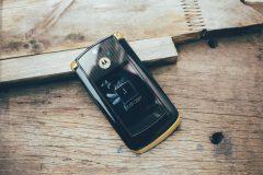 Điện Thoại Motorola RAZR2 V8