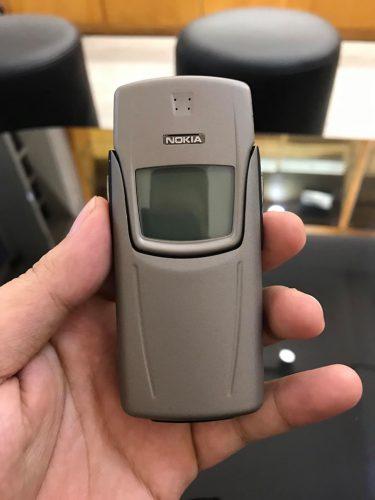 Nokia 8910 Mầu Ghi Cát Cháy Chính Hãng